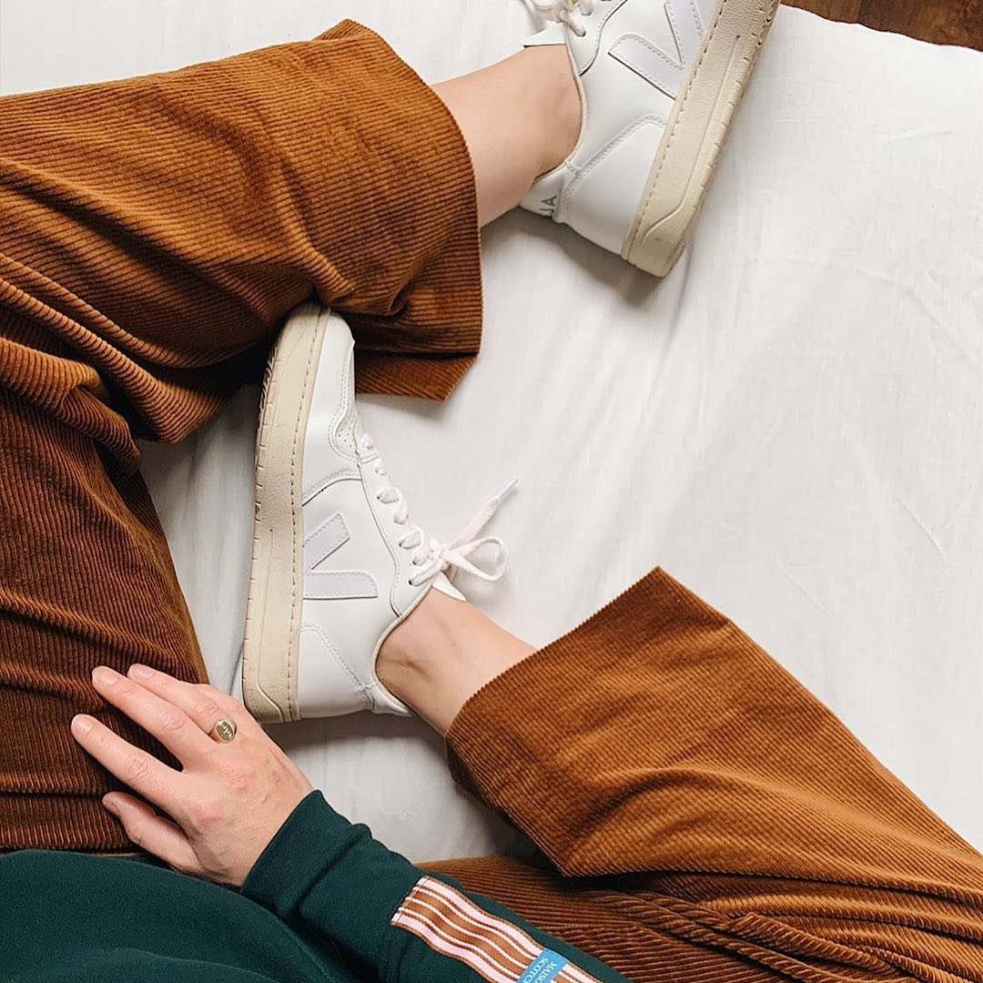 Kicks of the day.  Our V-10 Extra White are made out of leather, soft lining (33% organic cotton & 67% of recycled polyester) and Amazonian rubber.   Available here: https://t.co/A3zOmC4LbP. #veja #vejav10 https://t.co/qZb3oz58by