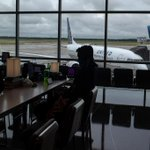 Image for the Tweet beginning: United tells two regional airlines