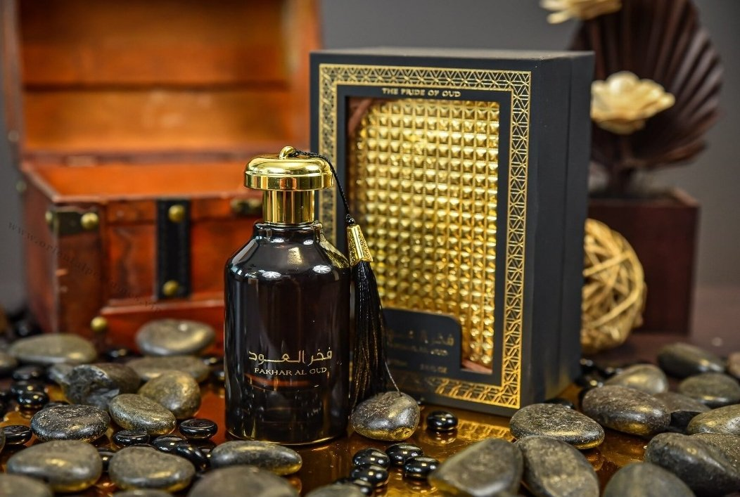 """yemen.honey.centre.and.mart on Twitter: """"Fakhar Al Oud perfume EDP 100ml Unisex A vibrant and luxurious perfume oil that will engulf your senses and transport you to a world of untold majesty and heavenly"""