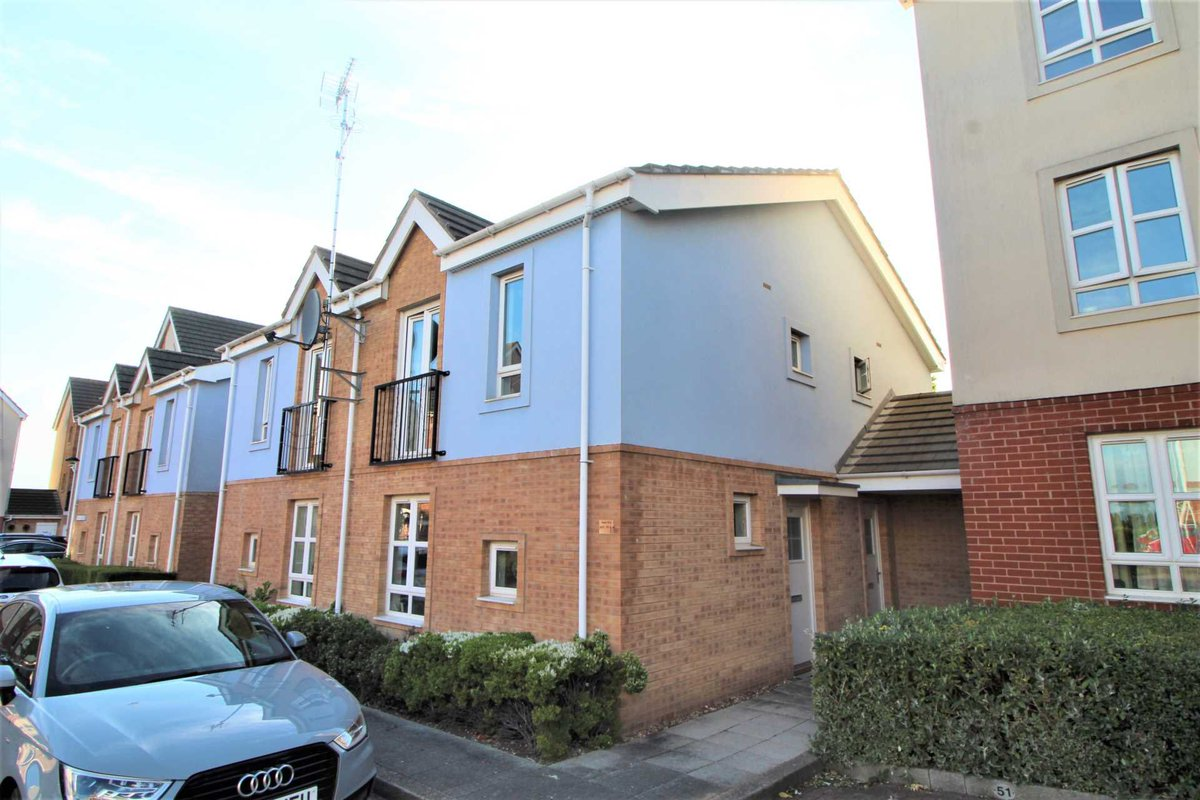 ATTENTION FIRST TIME BUYERS...  Stark Way Carlton Boulevard Lincoln   1 Double Bedroom 🛌  Open Plan Living 🛋   Asking Price £95,000  Full Property Details: https://t.co/OwUMoBAs80  Call @TaylorWalshLinc on 01522 4044040 to view.   #FirstTimeBuy #Property #Lincoln https://t.co/VHpjrZLitx