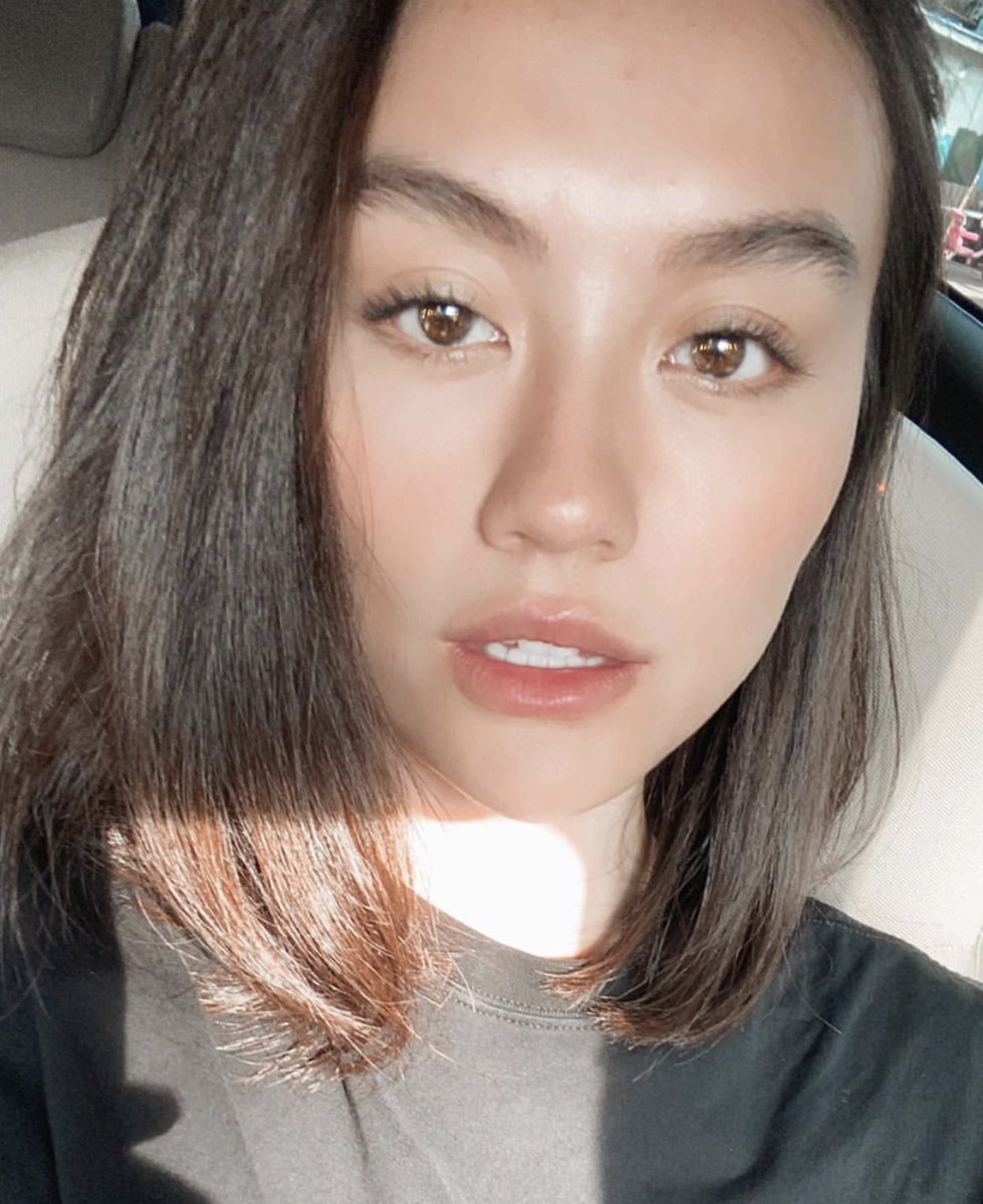 Replying to @iHeartRadio: Did I save these @agnezmo selfies or did these selfies save me? 😍