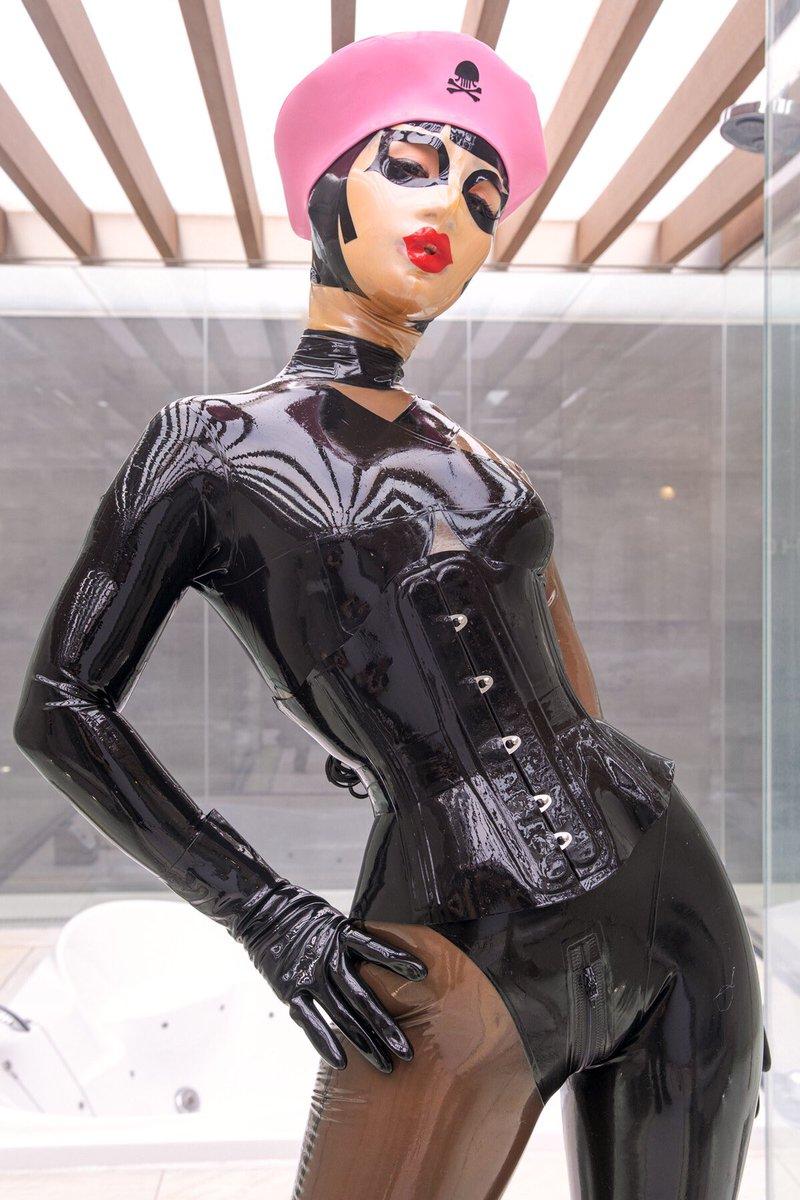 Body latex Body Latex