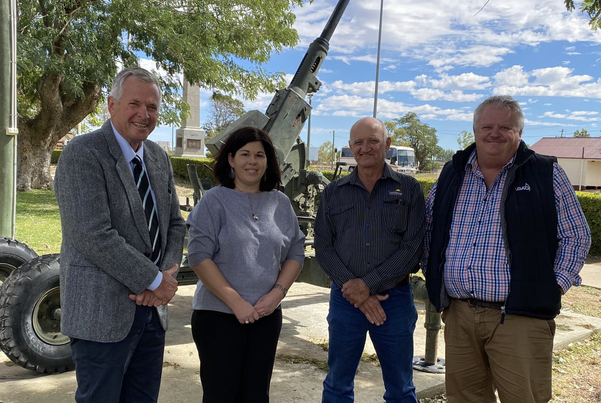 LEADERS IN LONGREACH: Local government leaders from the Gulf of Carpentaria to the NSW border and to Brisbane. @RAPADCWQ, SWLGA, @nwqroc & @LGAQ   #wqac2020 #localgovt #qldpol https://t.co/Y5WX5BnEGe
