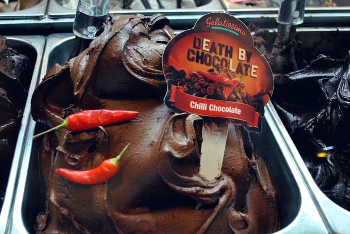 What is your favourite ice cream flavour? 🍨   #icecream #food #foodie #dessert #sweet #summer #hot #USA #traveltribe #australia #Australian #sydney #melbourne #perth #adelaide #Queensland #chilli #chocolate #homemade #italian #gelato #italy #mondaythoughts #MondayMotivation https://t.co/eTl6U2OJSb