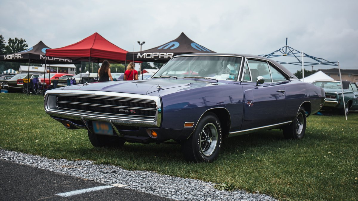 If you could have only #Mopar vehicle, past or present, which would it be and why? #MoparMonday https://t.co/d8oWIRnjjt