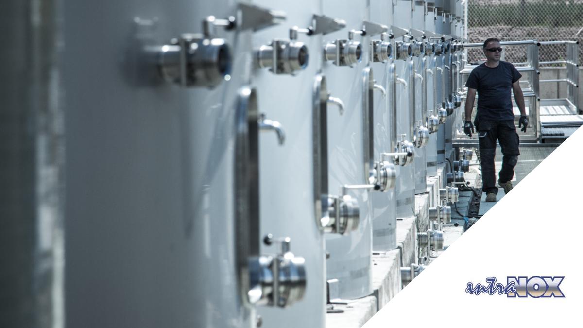 👉Proyecto que por sus dimensiones ha sido fabricado in situ. ▶Concretamente hemos fabricado para este proyecto de la industria aceitera, 21 depósitos de grandes dimensiones y con almacenajes que superan los 13.000.000 litros. #intranox #aceite #tanques #aceroinoxidable  #silos https://t.co/O8XmPKuhcM