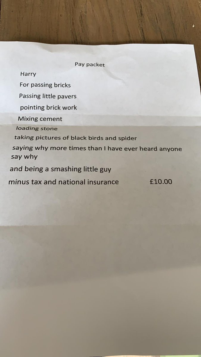 We have just had our patio done and my 6yo has loved going out and helping the builder, so it made his day to receive this. What an example of kindness 😊