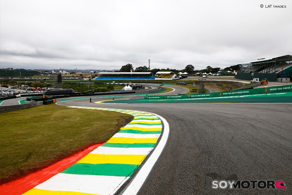 "Brasil reclama su GP: ""En noviembre estaremos mejor que Europa"" - https://t.co/sDsyX0HLwj #F1 #BrazilGP #covid19 https://t.co/Zhfqj5YNOB"