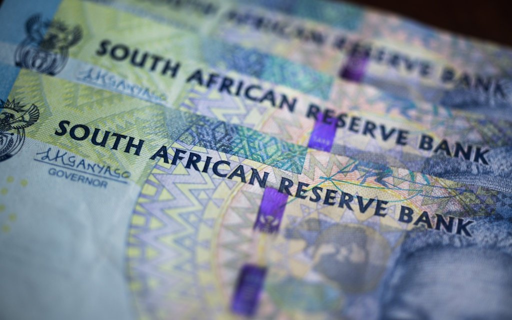 IMF approves $4.3 billion loan to SA to support Covid-19 fight  https://t.co/FUiKOfV6oh https://t.co/jASu0cDIIS