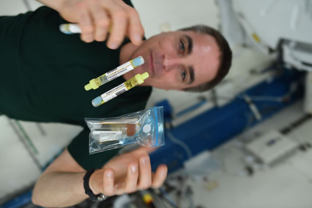 I gave it all up for science today. Blood, saliva, number 1, and number 2. The samples were for the Food Physiology study which is looking at how our diet affects our immune function and gut microbiome in space. go.nasa.gov/2X0LD2F