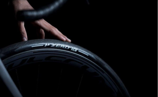 #PZEROVelo Today we announce P ZERO™ Race TLR and P ZERO™ Race TLR SL, the tubeless-ready road tyres that represent the spearhead of our line of tyres dedicated to professional road racing and high-performance cycling. Discover more https://t.co/2pXM7KdyZK https://t.co/QUAbIyiEMd