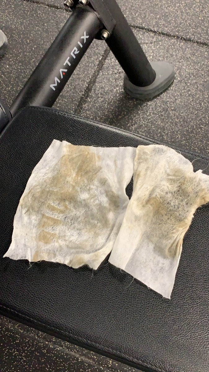 Whoever's going back the gym I urge you to clean your equipment this is a result of me wiping the bar 🤯 https://t.co/qiL6gOC4yo