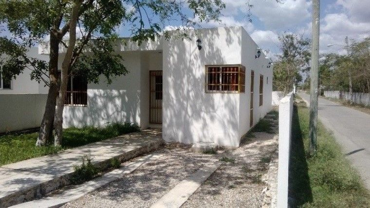 #IfbSpot #Vivanuncios #mercadolibre #Amazon #eBay ¡Casa seminueva en Yucatan!, solo requiere atencion a minimos detalles. Sinceramente vale la pena adquirirla porque con poco dinero te haces de una vivienda de 261 mts cuadrados (propiedad de buen tamaño) https://t.co/2n3gbx3lwZ https://t.co/1hjl38ezwL