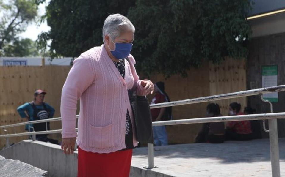 Enfermera ofrece servicios gratis a adultos mayores en Reynosa  https://t.co/MSP4cVzSXj https://t.co/vDjkfM1J9f