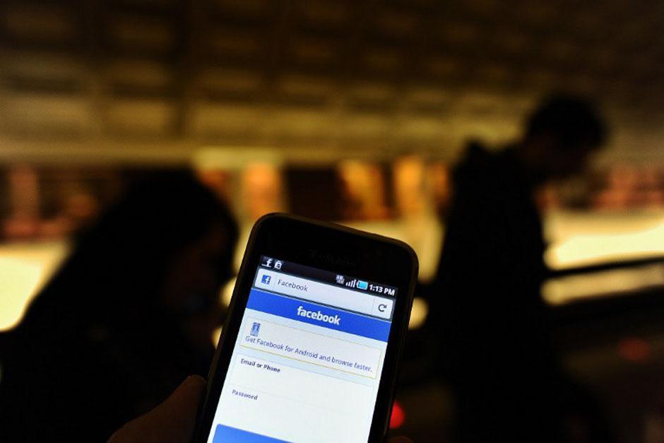 #Economía Ventas por redes sociales en la mira de la SAT  La SAT ha creado la unidad Contact Center para fiscalizar a los contribuyentes que están vendiendo a través de las redes sociales.  Entérate aquí: https://t.co/XznJ3isK2z https://t.co/rPL7DpYv2S