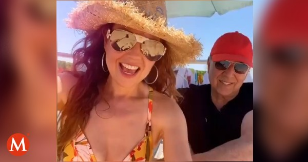 ▶ VIDEO   ¡Se nota el amor! Thalía sorprende a Tommy Mottola con un romántico detalle en su cumpleaños  →  https://t.co/bBd84y5CEL https://t.co/MDZSH3icYX