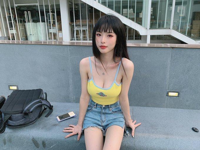 コスプレイヤー清水由乃のTwitter自撮りエロ画像72