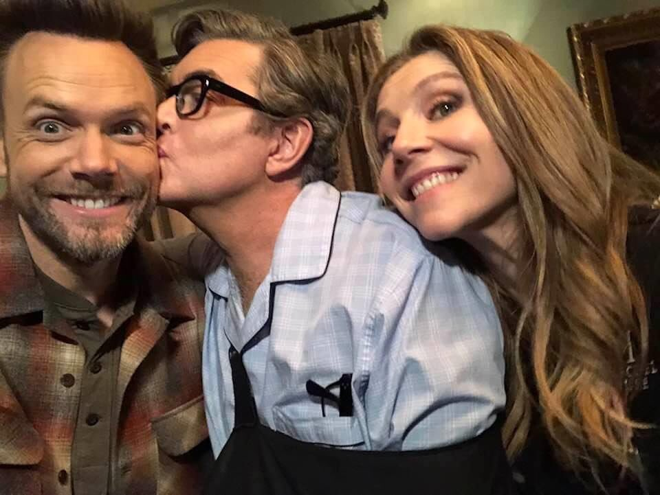 How 's this for a couple of Amazing Guest Star?! @joelmchale @sarahchalke #@PsychPeacock ❤️🦚🦚🍍