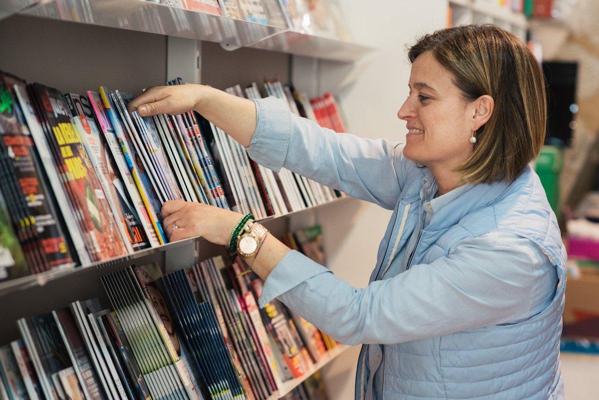 📺Avui tenim sort de tenir a prop a la Josefina Costa, de la Llibreria Universitat de #Cervera, que explicarà la seva experiència a @PirineusTV a partir de les 20.50h. De la plana al Pirineu, compra a Lleida #jopertuitupermi #tincsortdetenirteaprop https://t.co/FXVhbraJZK