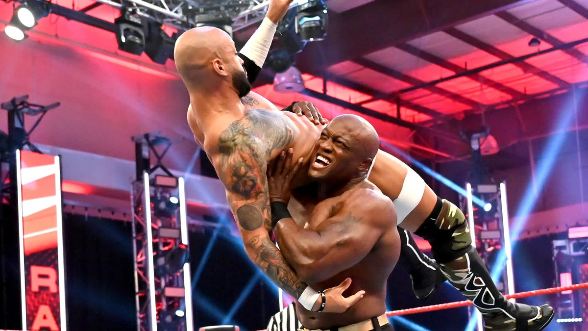 Big things poppin'...little things stoppin' for the HURT BUSINESS on #WWERaw  @fightbobby  @KingRicochet https://t.co/EEOLyBSgdu