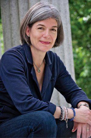 Claire Messud a été nommée Chevalier de l'ordre des Arts et des Lettres ! 👏 https://t.co/yE5vkTjhIM