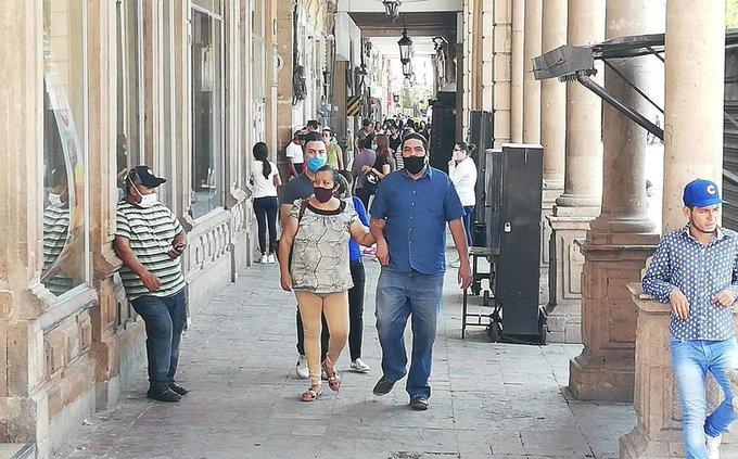 ¡Se agotan insumos para  cubrebocas!  Comercios dedicados a la venta de insumos para crear cubrebocas, los reportan como agotados en Tampico.  https://t.co/7L2UNUx2Uu https://t.co/jJ0w7oT12w