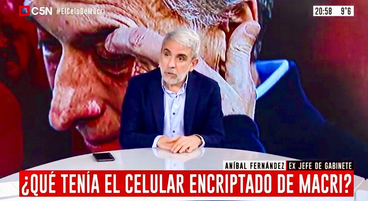 """#AníbalFernández sobre la negativa de #Macri a revisar su celular: """"No tiene razón de ser"""". El funcionario apuntó contra el expresidente por la causa que investiga la persecusión al #GrupoIndalo. """"Si no tenés nada que ocultar, ¿por qué no lo vas a ceder?"""", lanzó #ElCeluDeMacri https://t.co/2qTBCF0Pqj"""