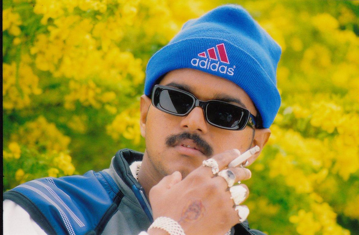 Good evening nanba   #Master @actorvijay <br>http://pic.twitter.com/lC2eOx5HJy