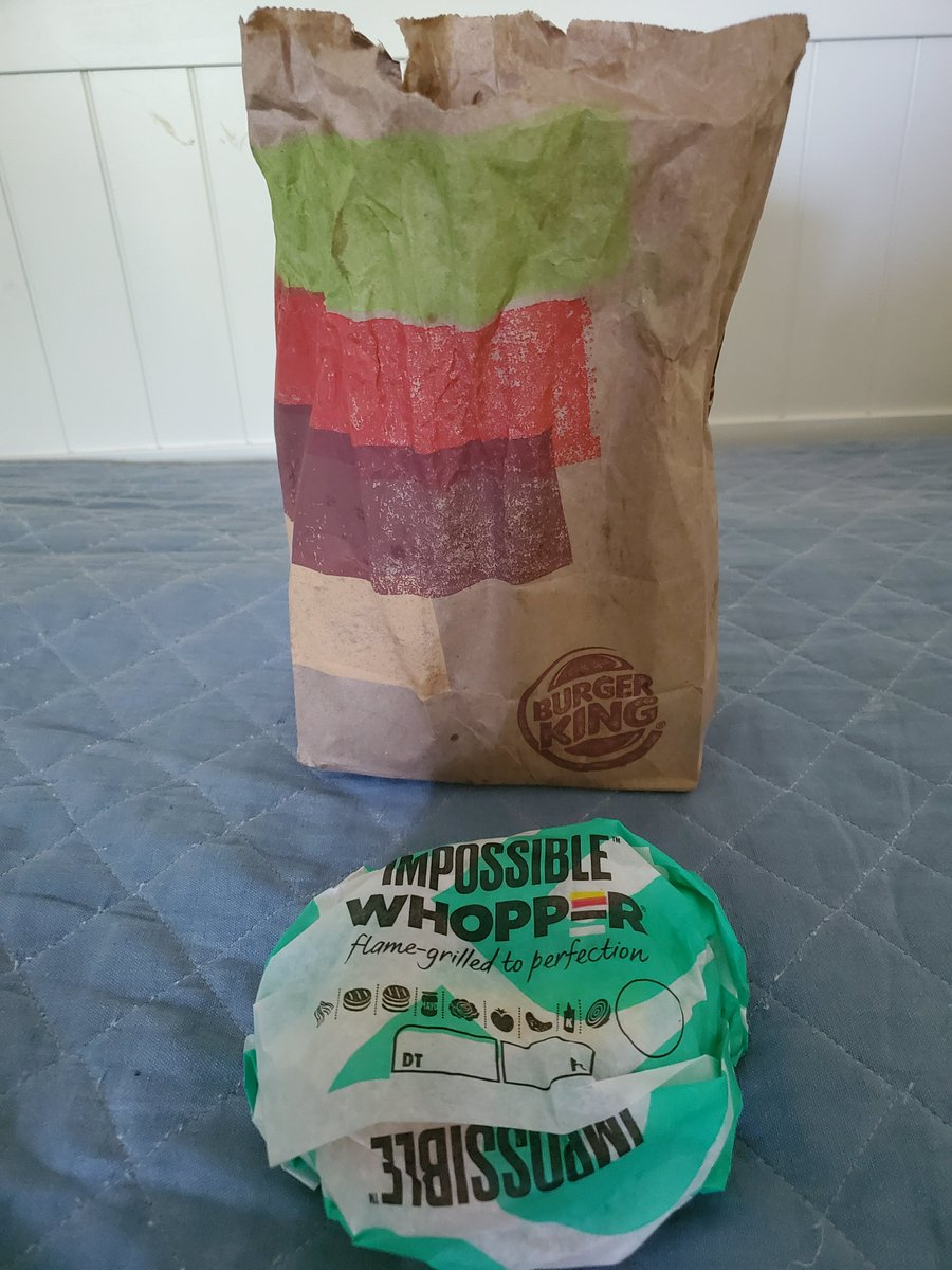 About to enjoy an @ImpossibleFoods #Whopper from @BurgerKing here in #Chattanooga TN. #Delicious 😁