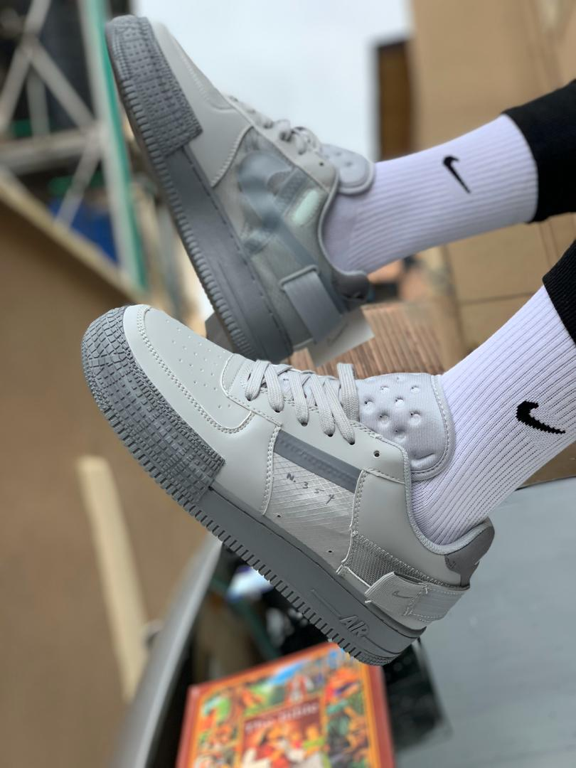 @GistReel We sell all kinds of male and unisex sneakers, kindly follow us today and we will follow back #HouseOfTacha #Lagos #NikeSnkrs #followforfollow @GistReel
