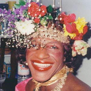 Today is #InternationalDragDay and 10 days ago was the anniversary of Marsha P. Johnson's death - the self-identified drag queen who played a vital role in the Stonewall Riots. https://t.co/whhH2FqDHP