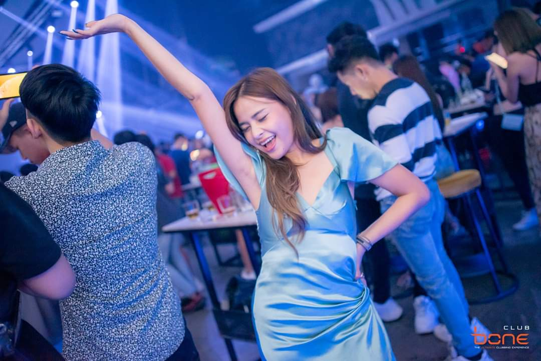 Party time! #bonepattaya #pattaya #thailand #clubbingpattaya #asiangirls #sexythaigirls #djlife #terminal21