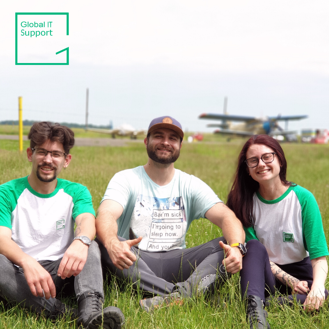 Sometimes just one parachute jump idea, born in the office kitchen, can become a tremendously interesting company employees' bonding and unforgettable experience.  1.2 km – done Being a team outside our teams – done <br>http://pic.twitter.com/adjUg0Z554