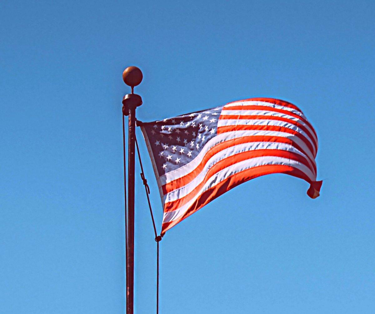 Good Morning America!  #Veterans #Military #PatriotsandPaws #nonprofit #philanthropy @PatriotsandPaws #Freedom #America https://t.co/K0fZRvpmVh
