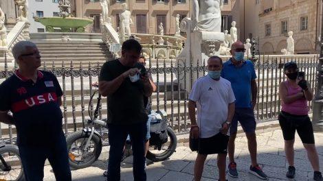 Nubifragio a Palermo, protesta davanti al Comune - https://t.co/I8bEktnK9l #blogsicilianotizie