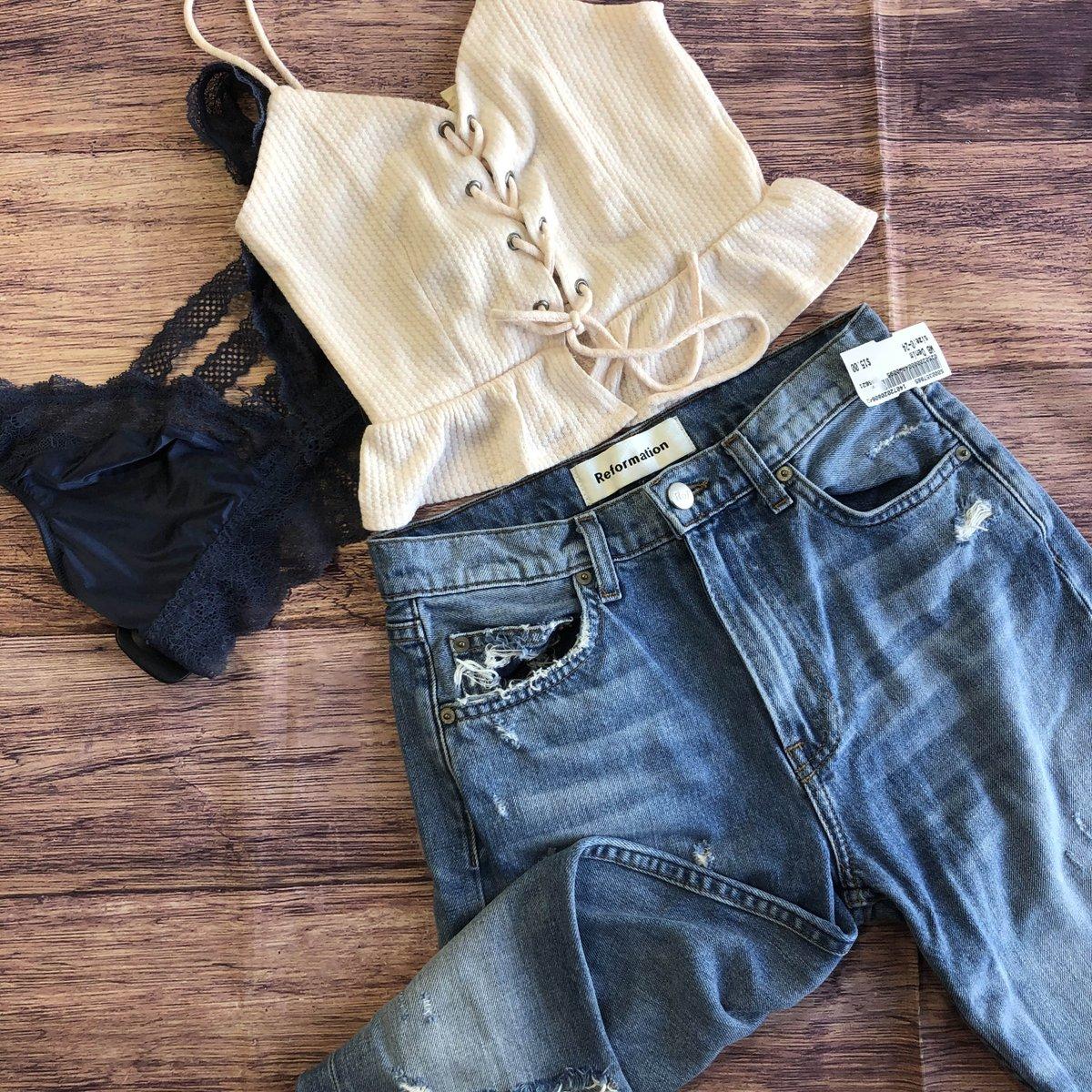 #OOTD ✨🦋☺️ *Call to hold!* Tank: XS $10 Bralette: S $5 Jeans: 0 $15 #platosankeny #platoscloset #summerdeals #backtoschool #schoolinstyle