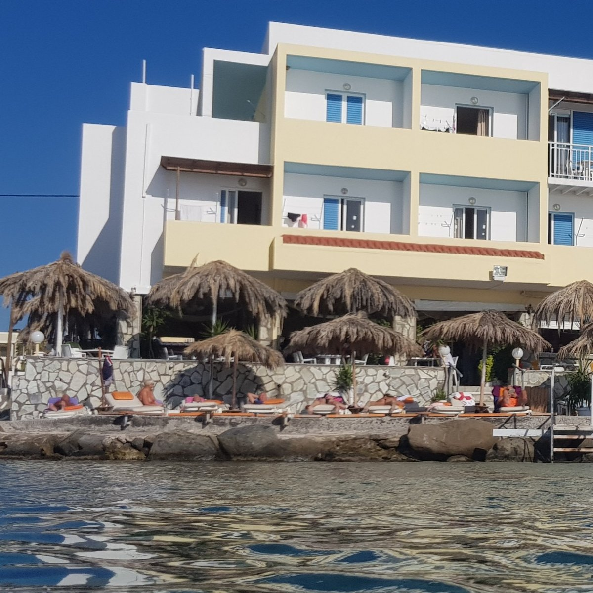 I seriously loved staying at the #Sunbeam in #Kardamena  It was perfect in every way  Great location, host, food, it's own #beach, steps into the sea, beautiful views and one hell of a #suite    #suzytheexplorer #travel #tblogger #kos #hotel #holiday