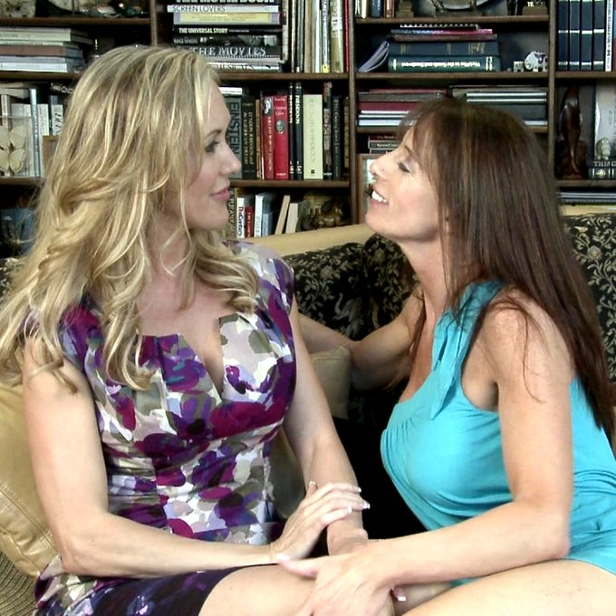 3 pic. Get your fill of naughty seduction @GF_Films Lesbian Triangles Channel 4 members 📺 Feat. Lesbian