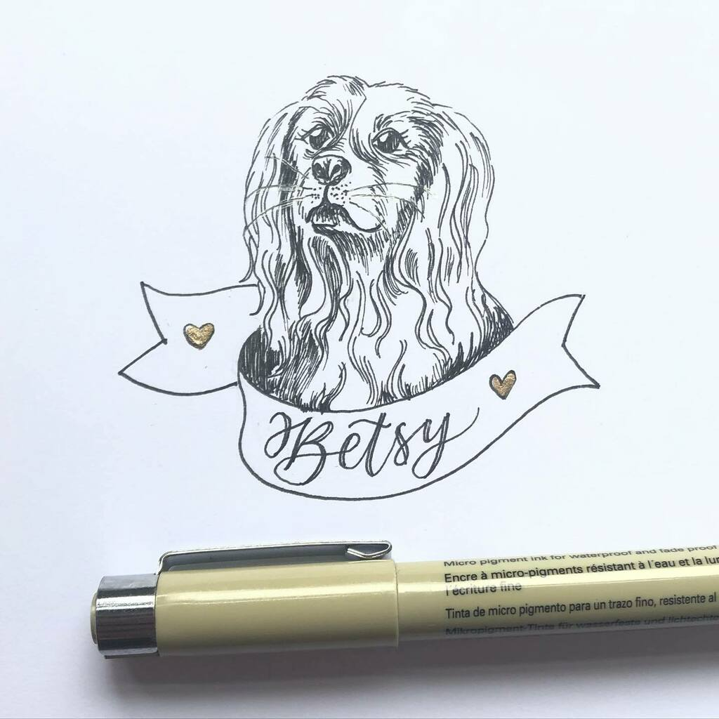 This was a late addition to a Story Of You, she's such a beauty I think it worked out for the best that she had her own space. Betsy looks like the Goodyear girl. #dogsofinstagram #drawyourdog #petportrait #storyofyou #calligraphy #moderncalligraphy #lov… https://t.co/ZE9opPr7y0 https://t.co/wYPBkZmnlu