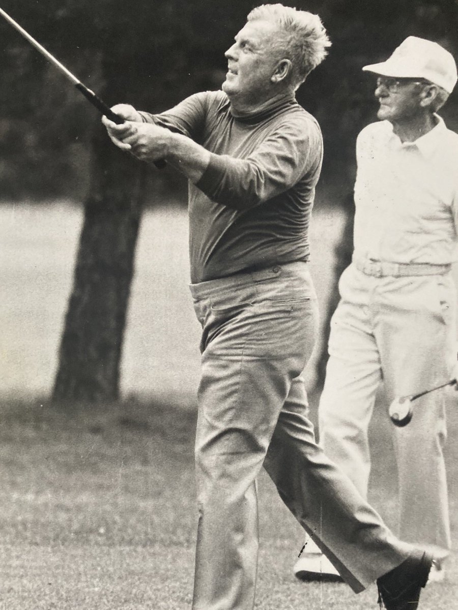 Cool picture of Moe Norman playing in the 1987 Ontario Jr Pro/Sr Pro here! https://t.co/Q2u5CxLIbr