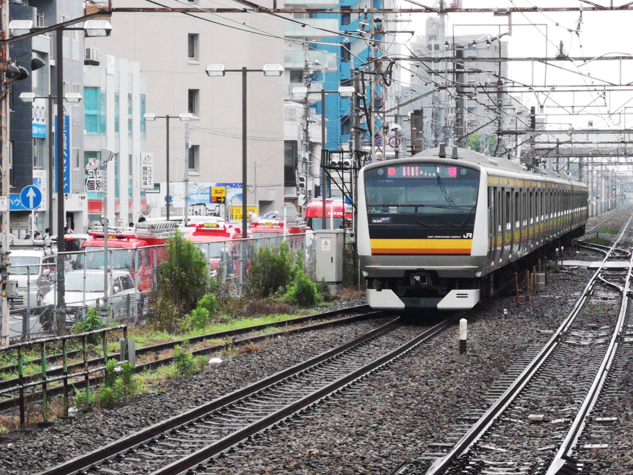 南武線の武蔵溝ノ口駅~武蔵新城駅で人身事故の画像