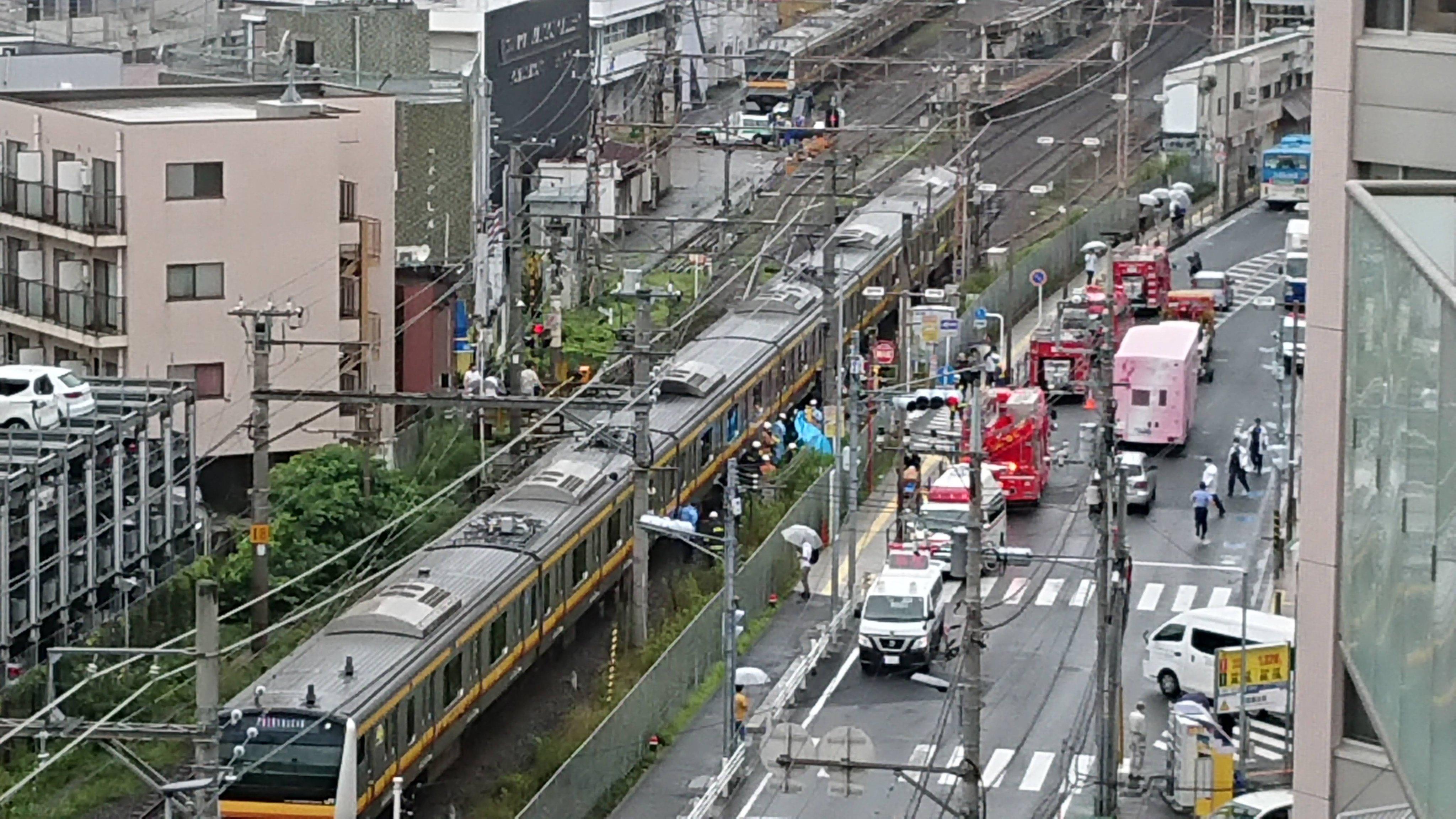 武蔵溝ノ口駅付近の人身事故現場の画像