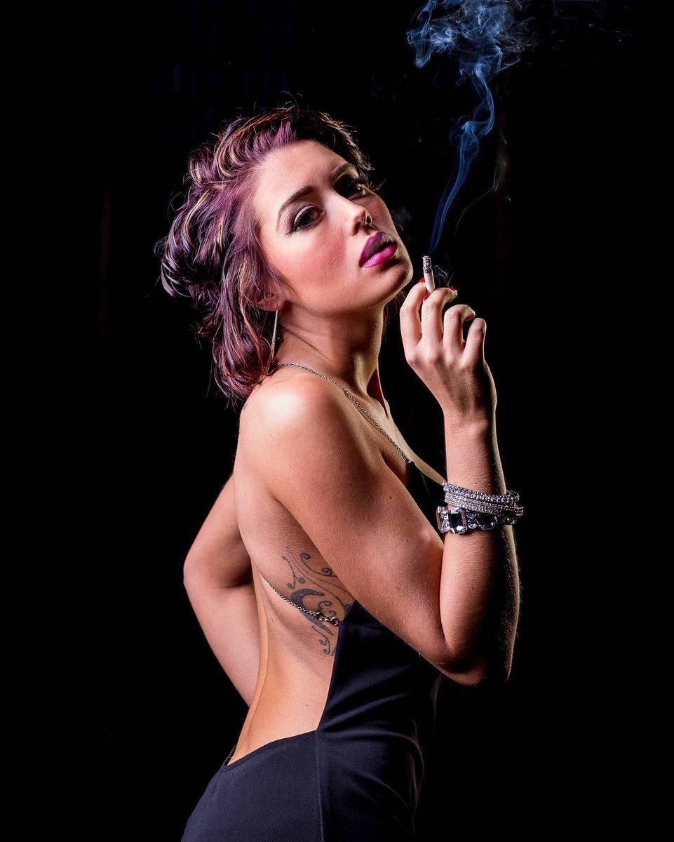 Secret To Occasional Sexy Smoking