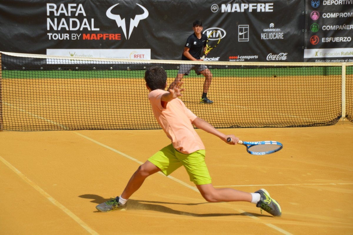 A partir de mañana, el circuito juvenil de tenis #rafanadaltour celebrará en #Madrid el primer torneo tras los 4 meses y medio de parón por el coronavirus. ¡Tenis, valores de deporte, y solidaridad! La totalidad de los beneficios económicos se destinan a la #FundaciónRafaNadal 😊 https://t.co/Y6NFEmpPzo