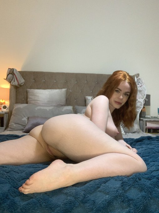 Who thinks it's a good idea for an Ella Hughes butt @Fleshlight 🙋🏼‍♀️🔦 https://t.co/6eTGQ9BlFN