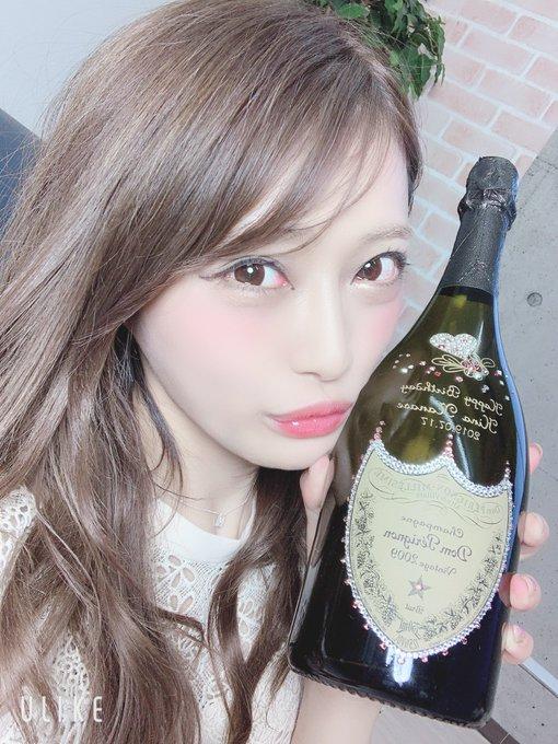 AV女優七海ひなのTwitter自撮りエロ画像64