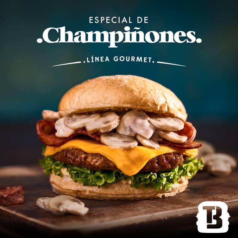 La línea gourmet de #Tropiburger llegó para quedarse. 🍔🍟🥤🤤   ¡Por eso te invitamos a disfrutarla en nuestro patio de comidas! https://t.co/MEhRto3F5Q