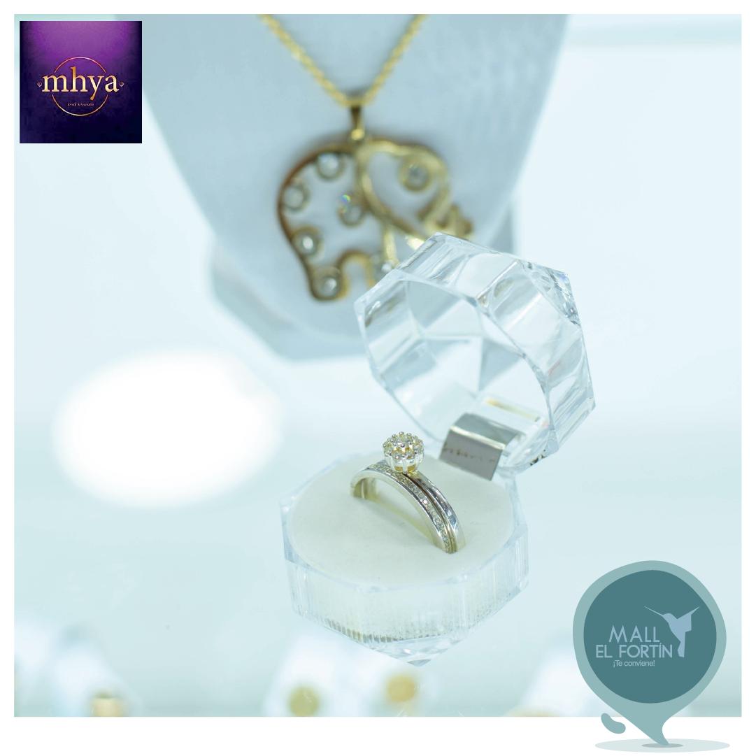 Acompaña ese momento especial con las joyas del catálogo de #Mhya. 💍😍🌠🌃   Encuéntralos en nuestra planta baja. https://t.co/KaXq9FoMov