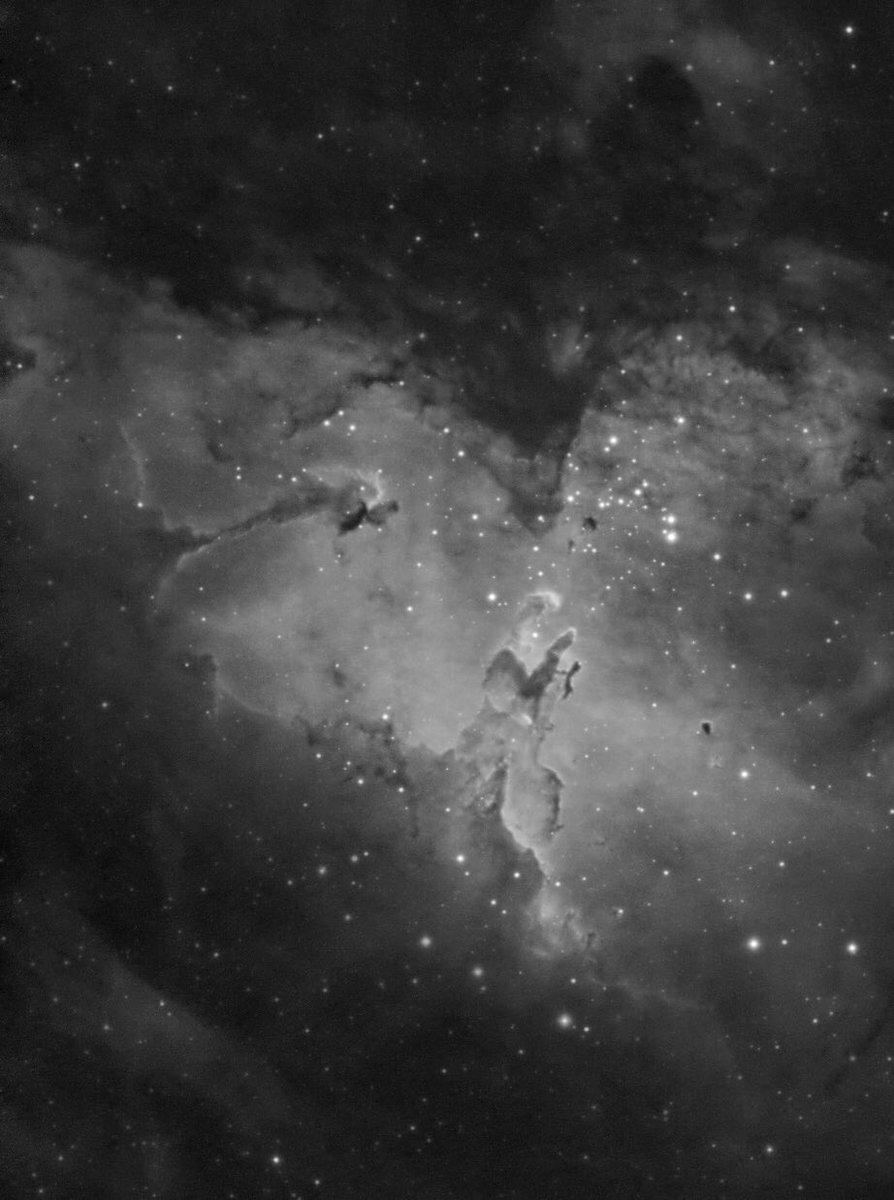 The Eagle nebula and the Pillars of creation in H-Alpha. —— Subs: 364x40sec, Gain 30 Gear: SW ED80+ASI120mm —— #eaglenebula #pillarsofcreation #messier16 #ASTRO #Astrophotography #astronomy #Slovakia #nebula #Space #universe #esa #NASA #zwoasi #skywatcher #deepsky #Cosmos https://t.co/YLzf5fzhEN