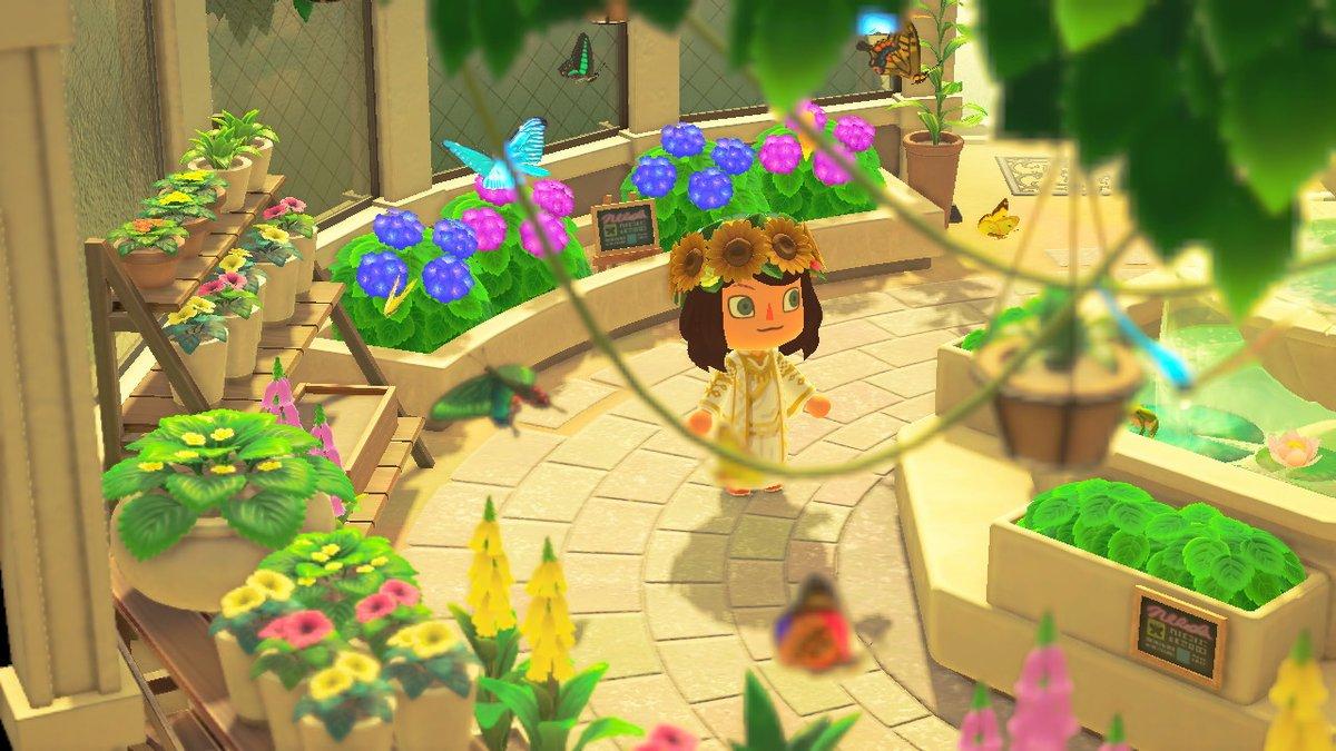 ツイステ フェアリーガラ、レオナさんの衣装作った~。背中は想像。 #どうぶつの森 #AnimalCrossing #ACNH #NintendoSwitch #マイデザイン